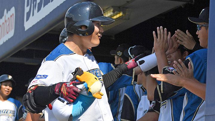 出るか?「キヨダンス」 日本ハムの本塁打パフォーマンス