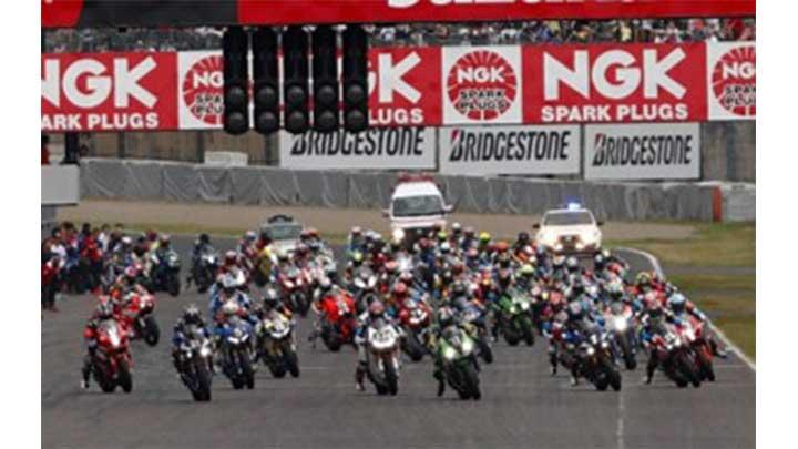 今年も《BS12×ニコ生》でレースを盛り上げる! 7月21~29日「鈴鹿8耐スペシャル企画」実施決定!のサムネイル