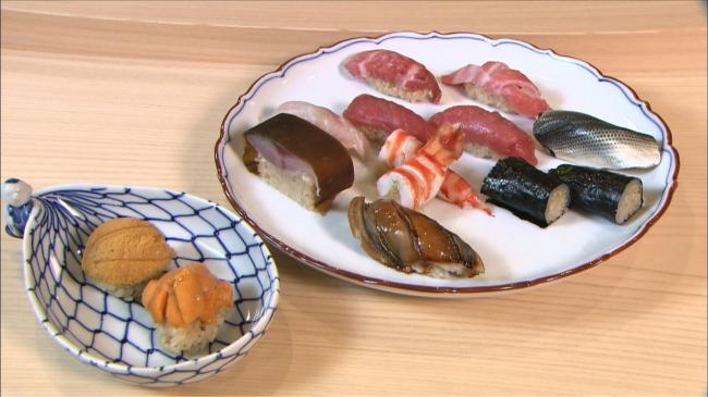 『早川光の最高に旨い寿司』~銀座「鮨 鈴木」鯖の棒鮨 名店譲りの流麗なる技~のサムネイル