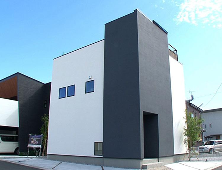 住宅革命 casa sky 屋上は天空のプライベート・リゾートのメインビジュアル