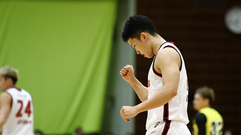 特別指定選手として2017-18シーズンより川崎入りした青木選手