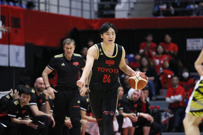 今季の田中選手のパフォーマンスからは、リーダーとしての意識が強く感じられた(©B.LEAGUE)