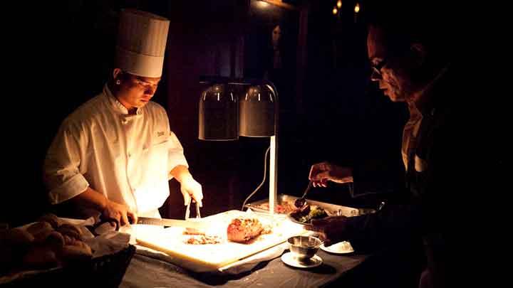 ワイキキで超美味な熟成肉ステーキを味わおう!