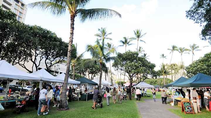 ホノルル・ファーマーズマーケット/The Honolulu Farmers Market
