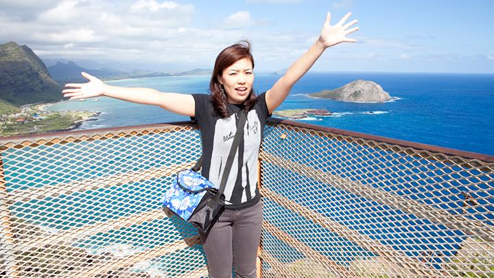 スニーカーでも十分楽しめる オアフ島の絶景トレイル